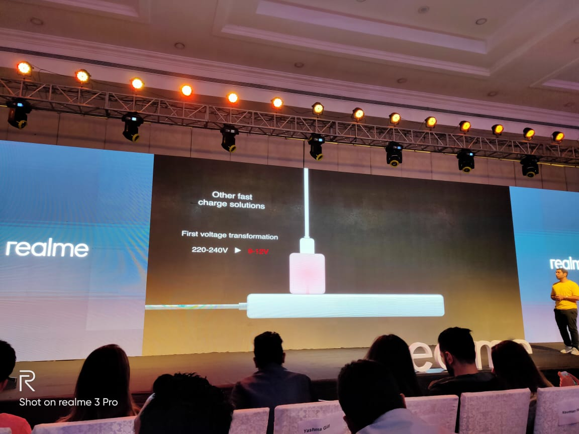Realme Unveils 2 New Products At The Anniversary Launch Event (11)